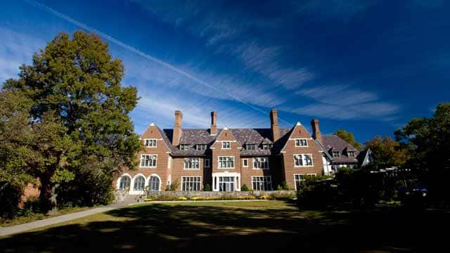 Sarah Lawrence College will host two theatrical performances to close out the fall semester.