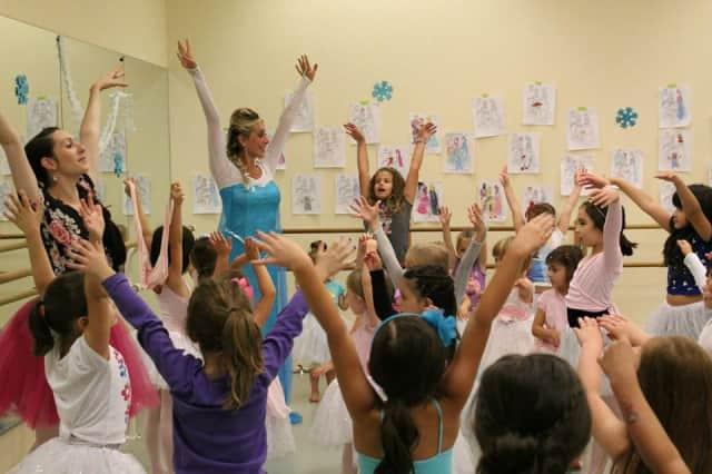 The Ballerina Ball founder Kimberly Giannelli and Amanda Plummer as Queen Elsa.