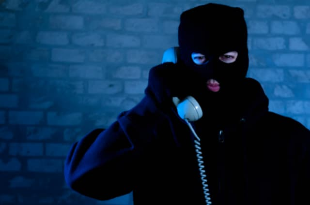 New Castle police are warning of a phone scam.