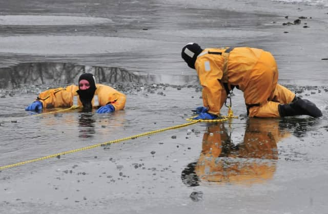 Greenwich Police demonstrate cold-water rescue.