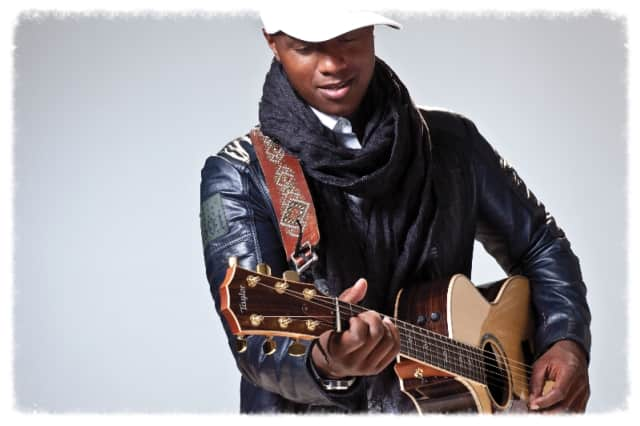 """Javier Colon, winner of """"The Voice,"""" will perform at the Bijou Theatre on Dec. 12."""