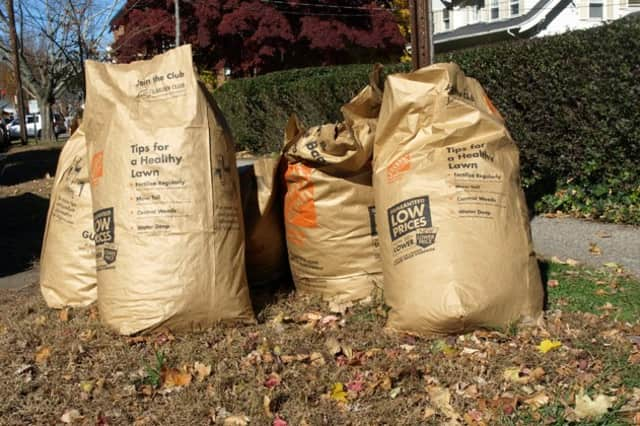 The City of Norwalk gives instructions for residents who receive city garbage collection.