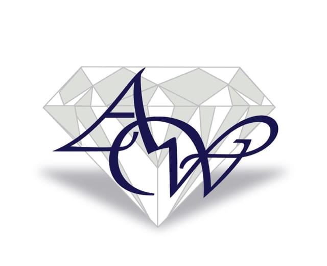 Arthur Weeks and Son Jewelers has opened its first online store.
