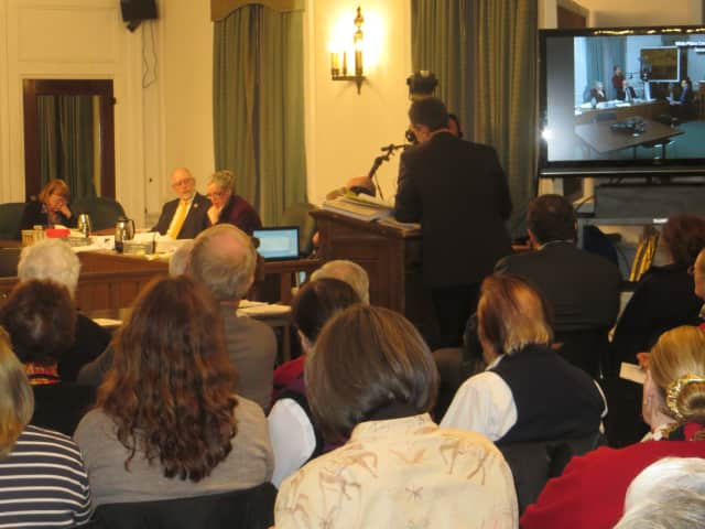 More than 70 White Plains residents attended this public hearing on a proposed French American School in Ridgeway. A state Supreme Court has rejected White Plains' motion to dismiss a FASNY lawsuit over its stalled school construction plan.
