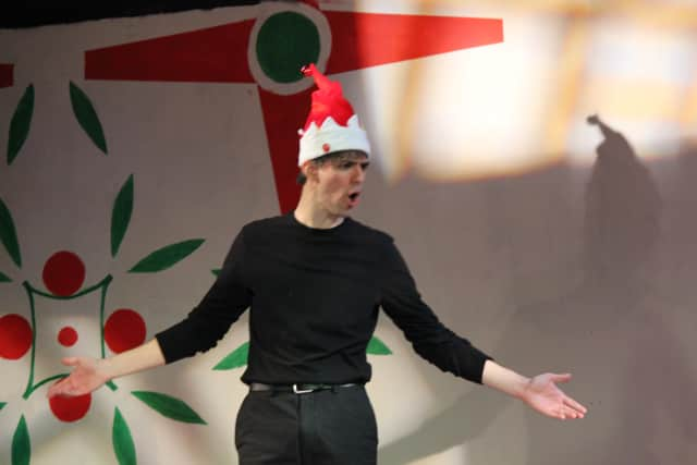 Jason Summers plays all 20 characters in Westchester's Sandbox Theatre's holiday production.