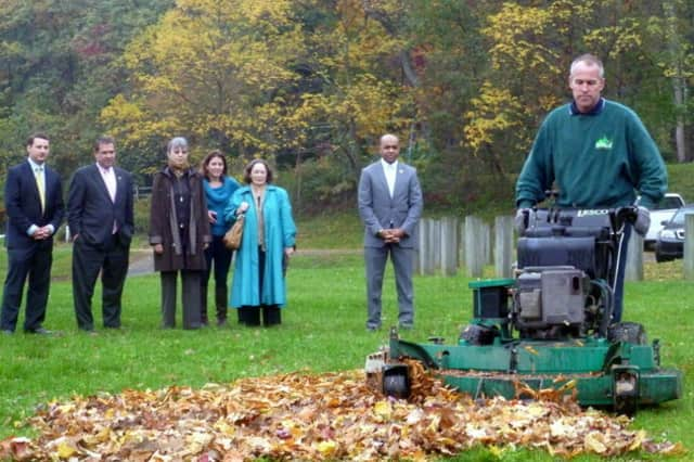 Scarsdale officials have encouraged the introduction of mulch mowing, a technique that is utilized at all official village locations.