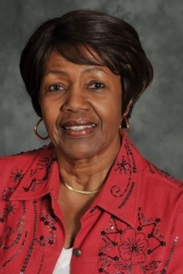 Legislator Alfreda Williams (D-Greenburgh), chair of the Community Services Committee, has called for an emergency meeting of the committee to discuss the closing of a homeless shelter in Valhalla.