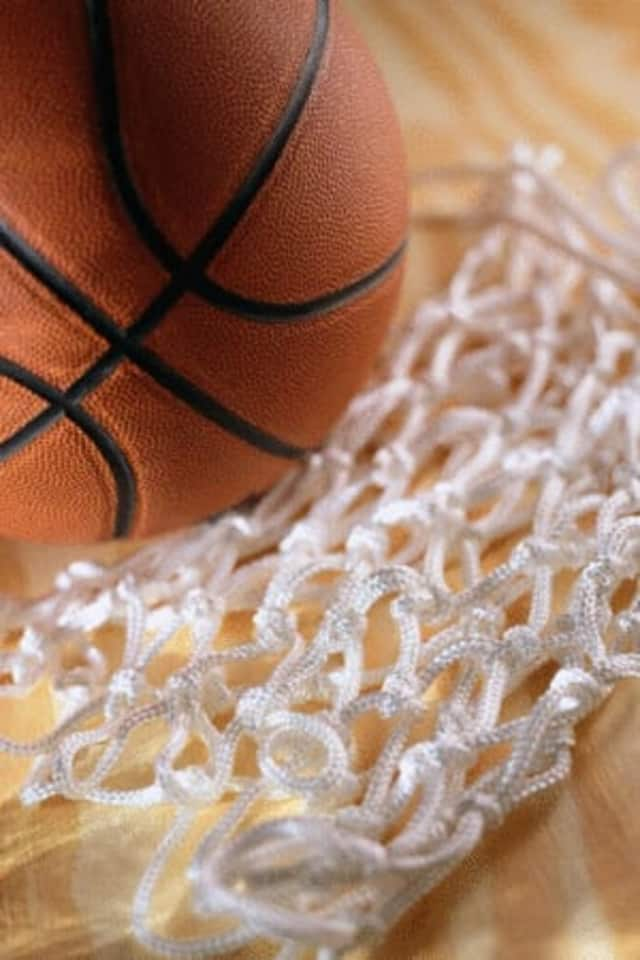 "Basketball, video games and pizza are some of the offerings for ""Teen Nite,"" which begin Friday, April 1."