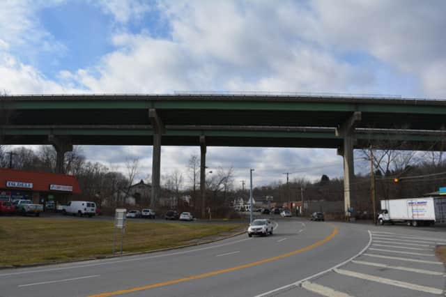 Woman who jumped from I-84 overpass topped the week's news in North Salem.