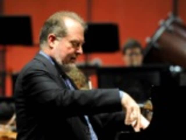 Stamford Symphony will present Garrick Ohlsson, a Grammy award-winning pianist, on Saturday, Jan. 31, at the Palace Theatre.