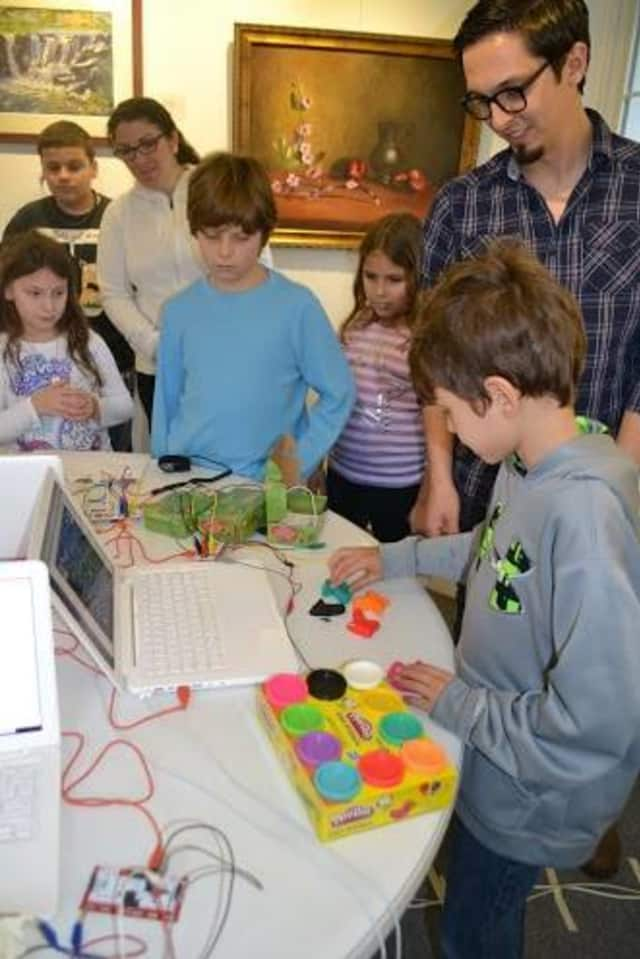 The Rye Arts Center is offering special workshops and demonstrations for the month of January.