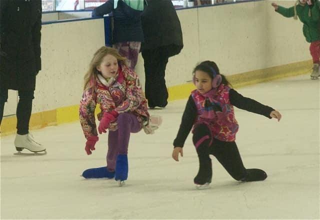 Leonia family skate night will be held on Friday, Dec. 18.