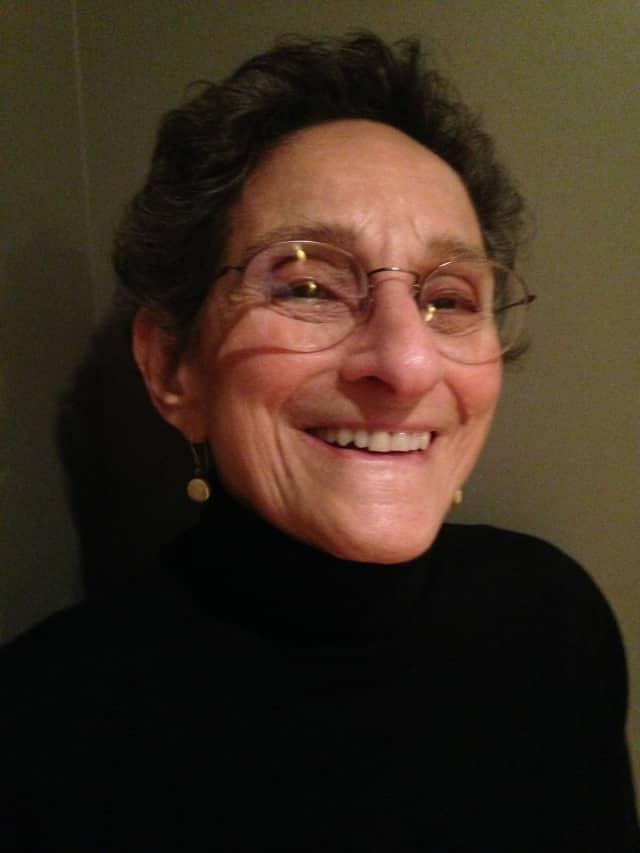 Barbara Saravay is a volunteer at the Jacob Burns.