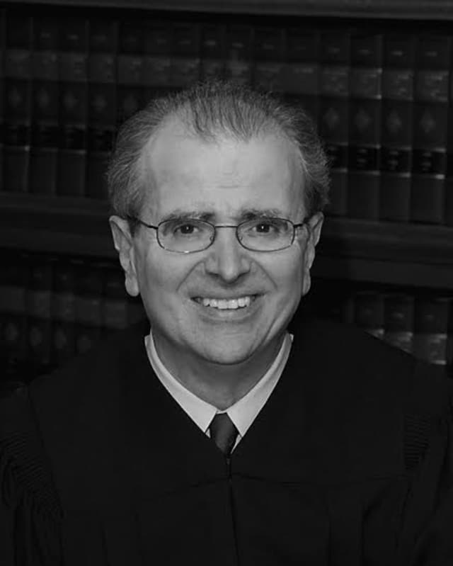 Former New York Chief Judge Jonathan Lippman will speak to the League of Women Voters in Scarsdale.