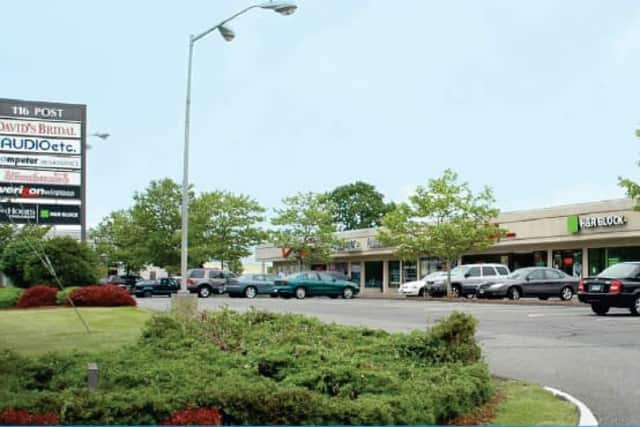 Greenwich-based developer HB Nitkin Group received $5.3 million in permanent financing for its property at 116 Boston Post Road in Orange. CBRE Capital Markets arranged the financing.