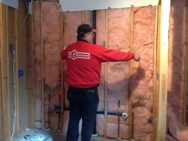 Mr. Handyman of Upper Fairfield County has earned the service industry's coveted Angie's List Super Service Award.