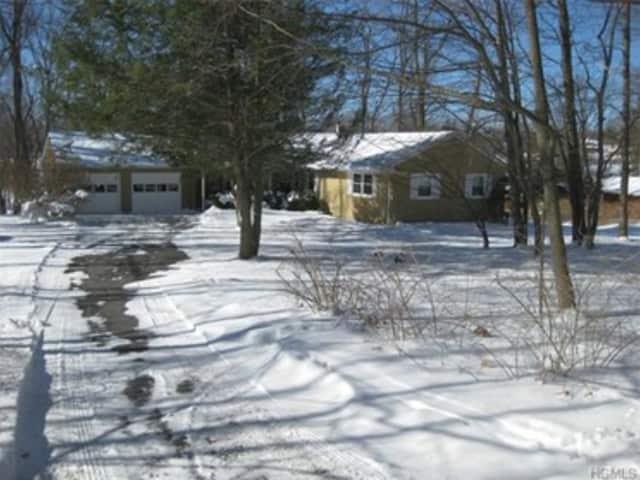 158 June Road, North Salem