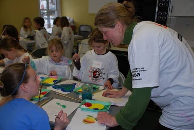 Rowana Shepard will be running arts and crafts workshop classes at the YWCA Darien/Norwalk for children ages 5-11 from Feb. 17-20.