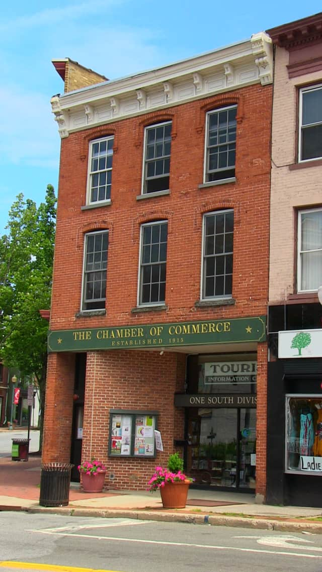 The Hudson Valley Gateway Chamber of Commerce is in Peekskill.