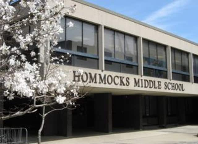 A graffiti-style bomb threat was discovered in a boys' bathroom at Hommocks Middle School in Mamaroneck Tuesday, leading officials to cancel the school's afternoon and evening activities, according to lohud.com.