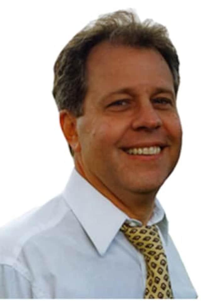 Assemblyman Tom Abinanti has introduced whistleblower protection legislation.
