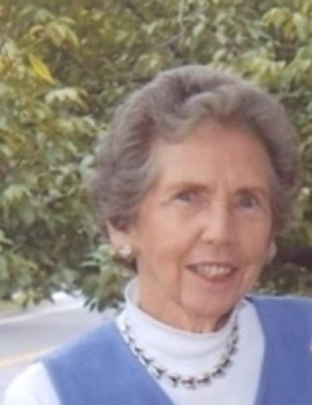 Jean Wilson Tharp, 84, a longtime resident of Darien and a former Rowayton resident, died Monday, Feb. 23.