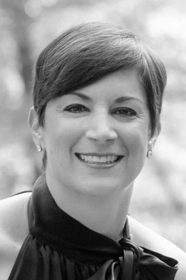 Services will be held Sunday in Darien for Lisa Bonchek Adams, 45, who died from breast cancer last week. She attracted a worldwide readership with her blog, which documented her long fight with the disease.