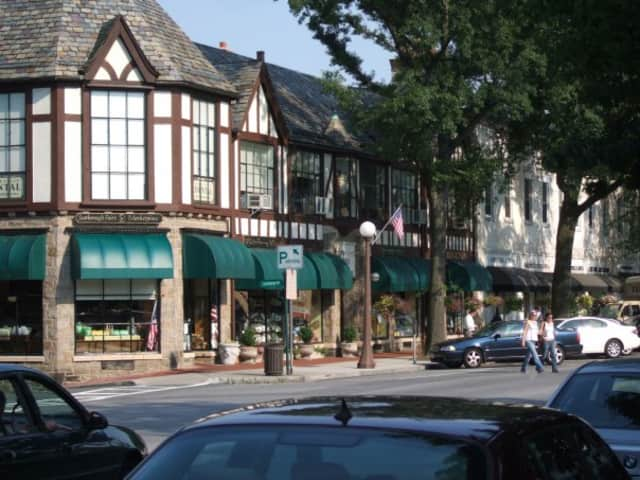 Bronxville burglar alarm permit renewals can be paid for by credit card online or by check. Permits expired at the end of the year, so now is the time to renew.