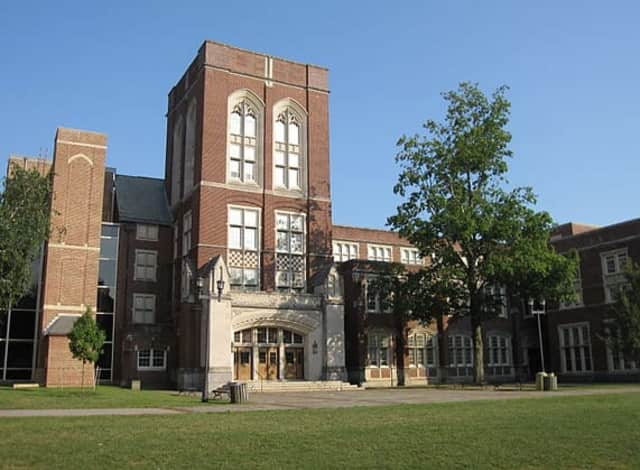 Scarsdale was ranked the 30th smartest public high school in the country.