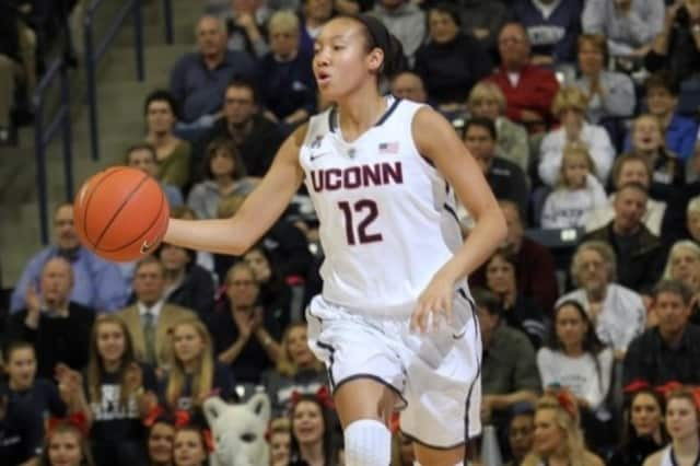 Ossining's Saniya Chong will try to help the UConn women's basketball team win its third straight national title Tuesday against Notre Dame.