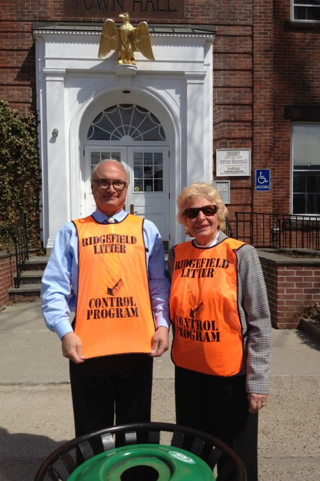 First Selectman Rudy Marconi and Beth Yanity get ready for Ridgefield Rid Litter Days on April 25 and 26. This is the 25th year Yanity has chaired the event for the Caudatowa Garden Club