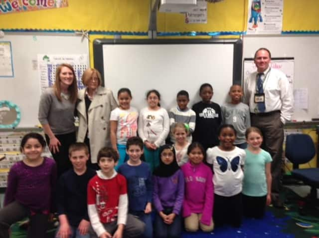Students at Davenport Ridge Elementary School in Stamford. Davenport Ridge Elementary School was recently named a 2015-2016 Banner School by the State Education Resource Center (SERC).