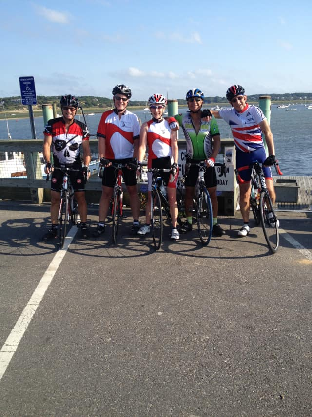 Members of the Sound Cyclists Bicycle Club.