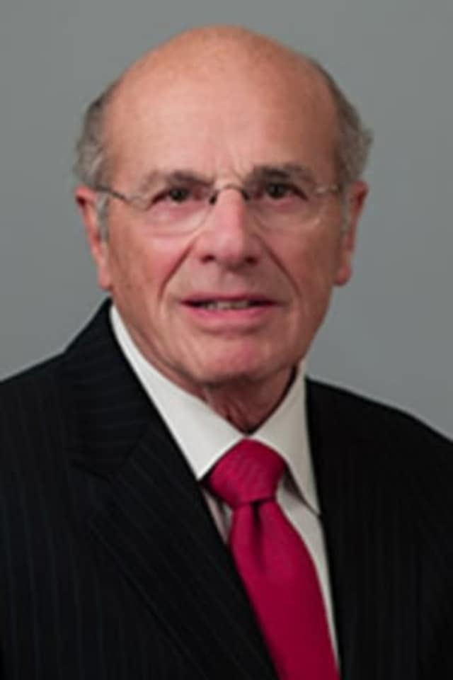 Alfred DelBello, former Westchester County Executive, died at the age of 80.