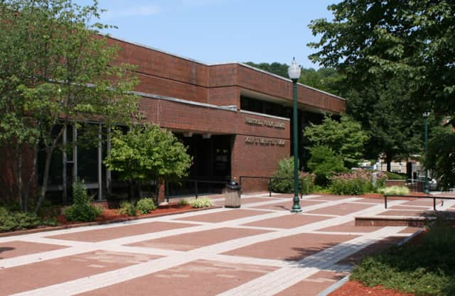 Peekskill's Field Library will host a Westchester Community College course on 3-D animation.