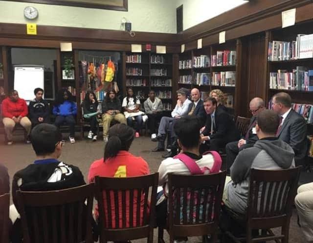 U.S. Sen. Chris Murphy meets with students at Warren Harding High School in Bridgeport.