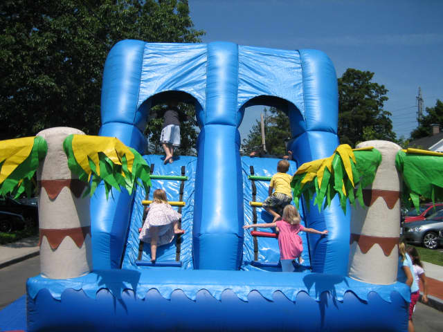 The Darien Chamber of Commerce's Sidewalk Sales & Family Fun Days will include inflatables for kids.