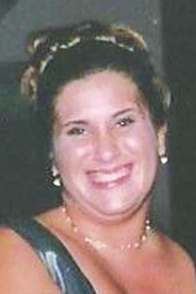 Kimberly Ann Kniffen, 38, of Norwalk, died Tuesday, May 26.