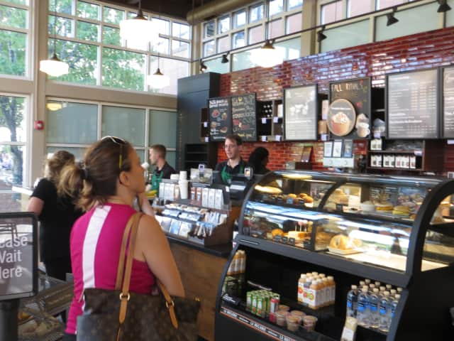 A new Starbuck's will be opening on Central Avenue in Greenburgh.