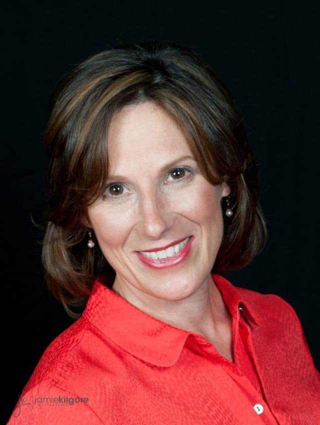 Kim Izzarelli is running as the Republican and Conservative challenger in the 95th Assembly District.