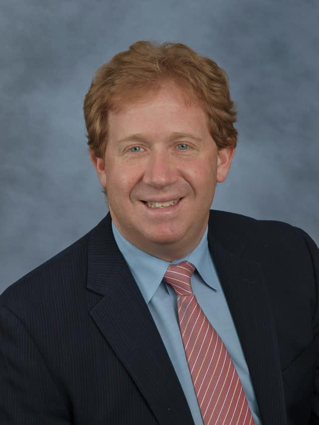 Dr. Mitchell Roslin, practitioner of SIPS gastric bypass surgery.