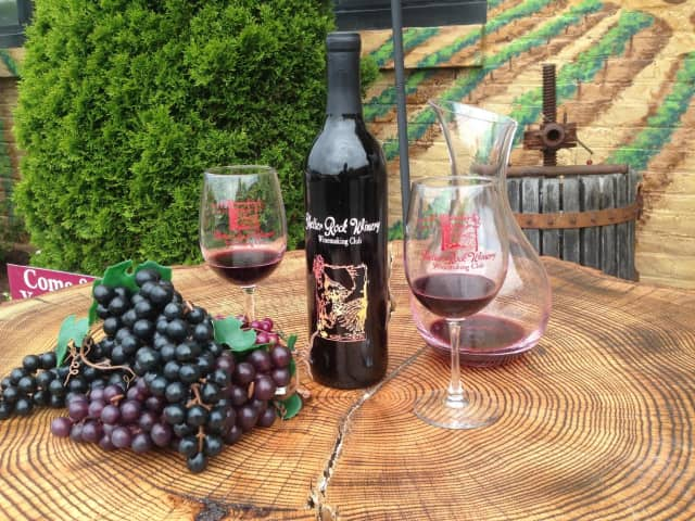 Discounted memberships are available at Shelter Rock Winery.