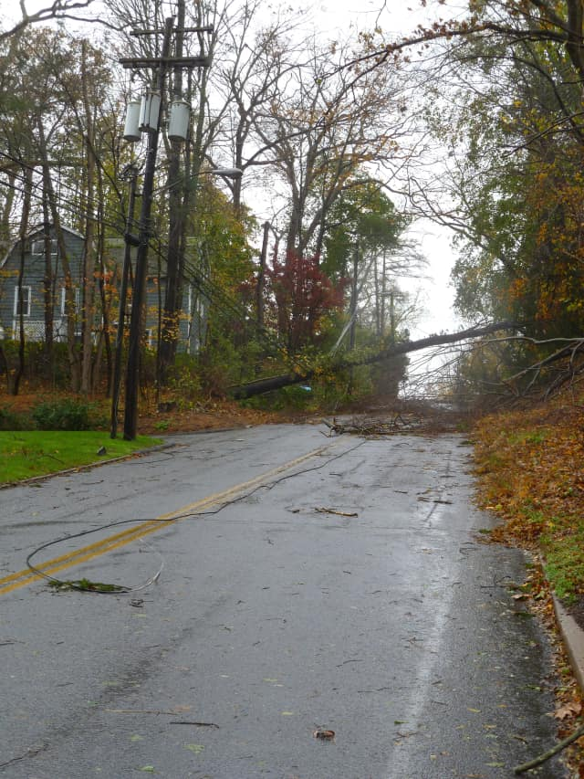 Schools in the Bedford Central School District officials will stay closed Wednesday due to massive power failures and unsafe road conditions in the wake of Hurricane Sandy.