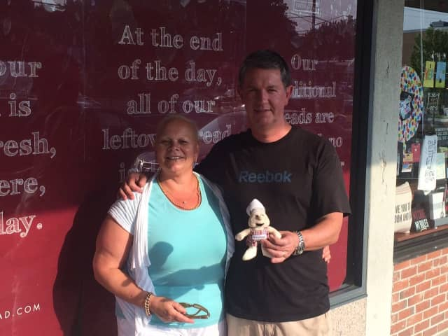 Louise and Robert Hyden recently opened a new COBS Bread location on High Ridge Road in Stamford.