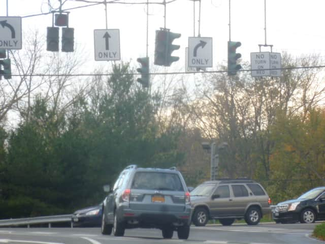 The intersection at Ashford Avenue and Saw Mill River Road in Ardsley.