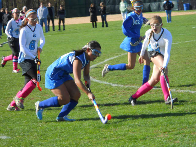 Bloomingdale will host a field hockey clinic starting March 31.