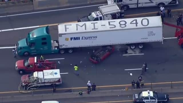 The accident, which occurred just after 4:30 p.m. near the Cross County Mall in Yonkers, resulted in the closure of the southbound lanes of I-87,