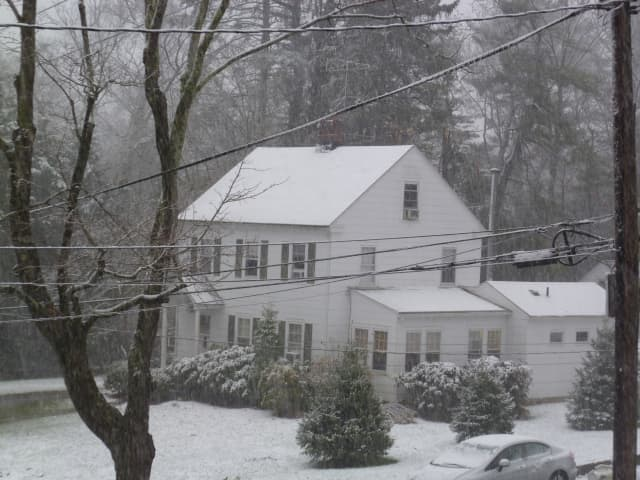 Snow fell Wednesday afternoon on Bedford.