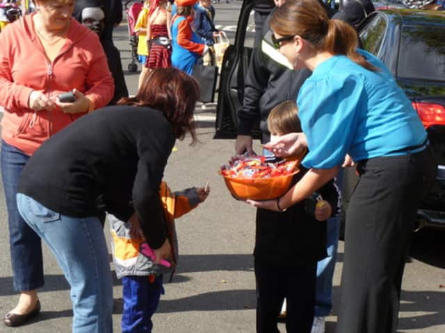 Larchmont families can trick-or-treat Friday from 4 to 6 p.m.