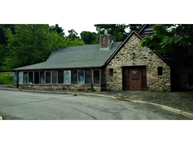 Westchester County is seeking proposals to revitalize the abandoned Cantina Restaurant and surrounding property at V.E. Macy Park, which has access to the Saw Mill River Parkway in Irvington, about one mile north of the Ardsley exit.